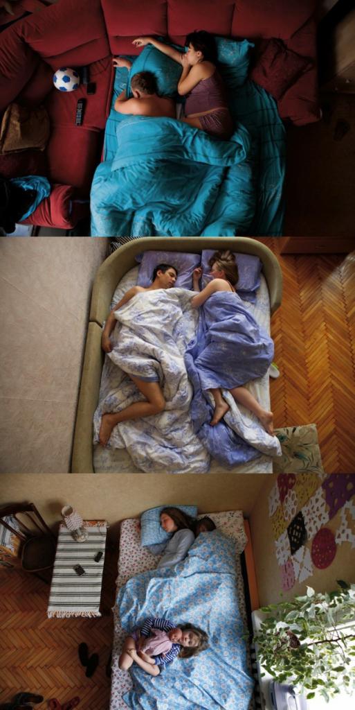 赤ちゃんを身ごもった恋人たちを撮らえた写真集。