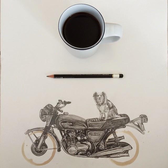 コーヒーの滲みを使用し、バイクを精密デッサン。